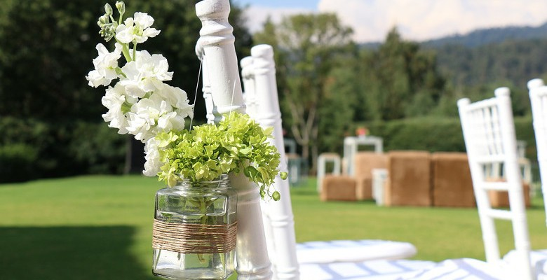 Agencement de jardin pour les mariages : les gazons synthétiques