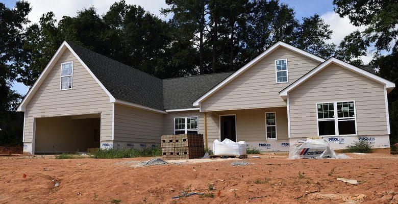 Quelles sont les étapes clés de la construction d'une maison ?