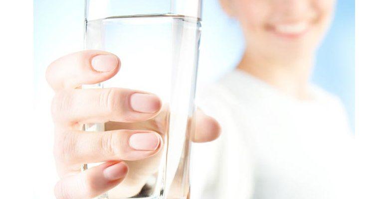 Avoir de l'eau potable dans la cuisine : quelle est l'utilité du purificateur d'eau ?