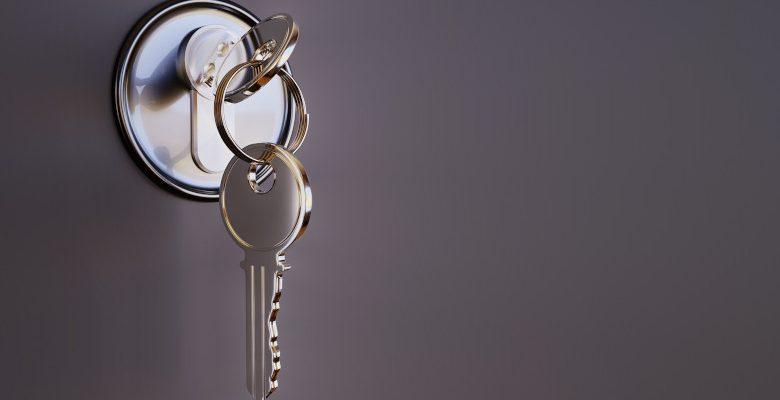 Quels sont les avantages de faire les doubles des clés en ligne grâce à une application?